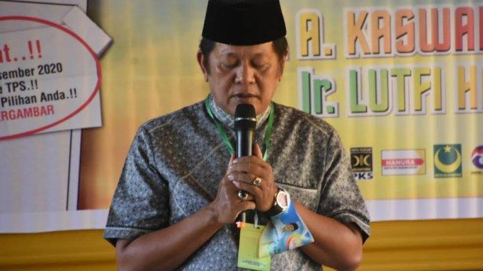 Kampanye di Donri-donri, Andi Kaswadi Pimpin Doa untuk Almarhumah Istri Mantan Wakil Bupati Soppeng
