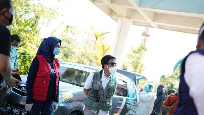 Anir Peduli dan Relawan FTI UMI Makassar Semprotkan Lagi Disinfektan ke RSUD Batara Siang