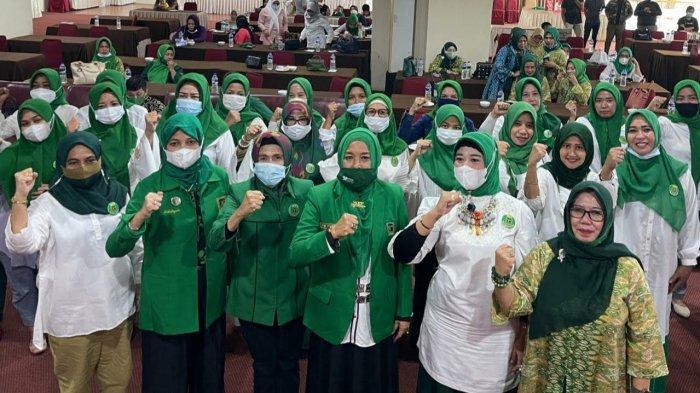 Andi Nurhidayati Lantik Muliati Pimpin WPP Kota Makassar