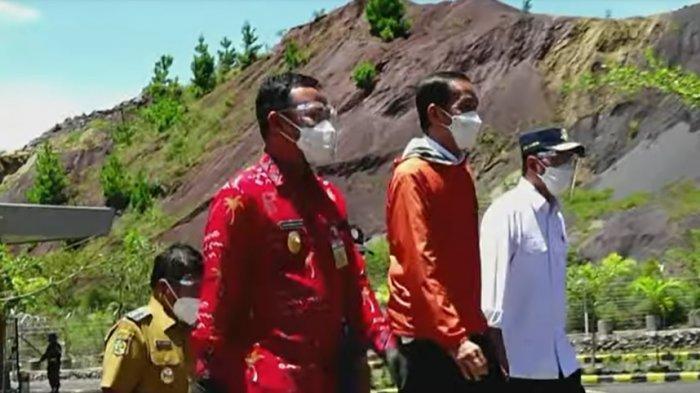 Plt Gubernur Sulsel Andi Sudirman Sulaiman bersama Presiden RI Jokowi dan Menhub Budi Karya serta Bupati Tana Toraja di Bandara Buntu Kunik Mengkedek Toraja, Kamis (18/3/2021)