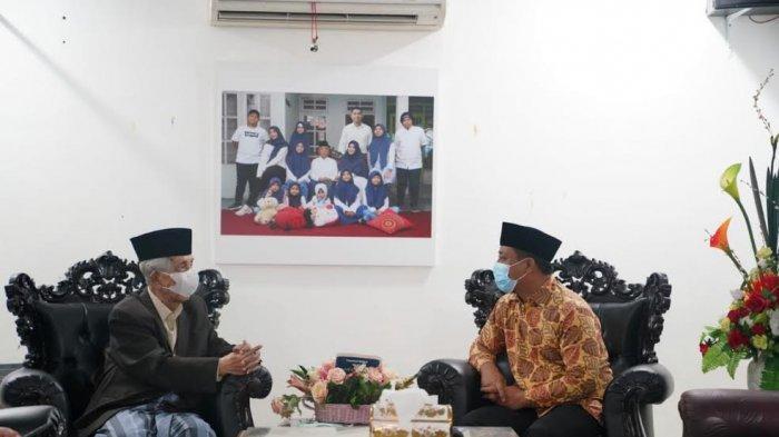 Jabat PLT Gubernur Sulsel, Andi Sudirman Sulaiman Sowan ke AGH Sanusi Baco Sebelum Berkantor