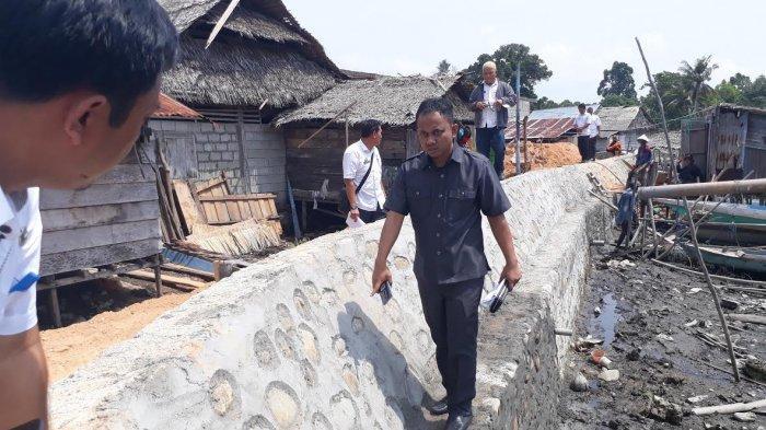Pantau Proyek Fisik di Wotu, Anggota Dewan dan Inspektorat Luwu Timur Temukan Talud Retak