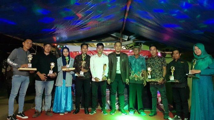 Tutup Lomba Karaoke HUT RI, Sukri Umar Apresiasi Semangat Warga Padang Baka Mamuju
