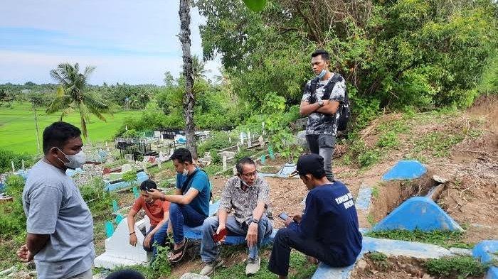 Abaikan Aspirasi Masyarkat, Aparat Desa Tongke-Tongke Adukan Pengusaha Tambang ke DPRD Sulsel