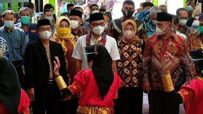 Menuju Madrasah Internasional, MAN 2 Makassar Minta Bantuan Sarana Penunjang ke DPR RI