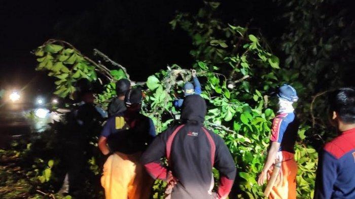 6 Rumah Dikabarkan Rusak Akibat Angin Puting Beliung di Mangkutana Luwu Timur