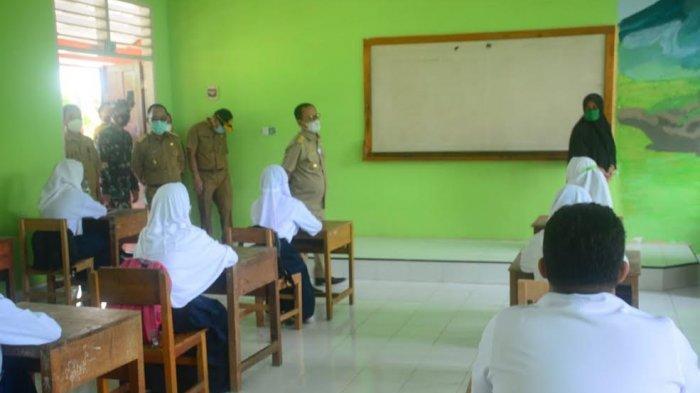 Tiga Sekolah di Mamuju Tengah Sulbar Jadi Percontohan Belajar Tatap Muka