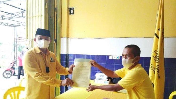 Tak Diantar Pendukung, Aripin Percaya Diri Ambil Formulir Pendaftaran Calon Ketua Golkar Luwu Timur