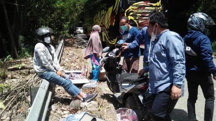 Aksi Heroik Wabup Enrekang Bantu Korban Kecelakaan di Lamba Doko