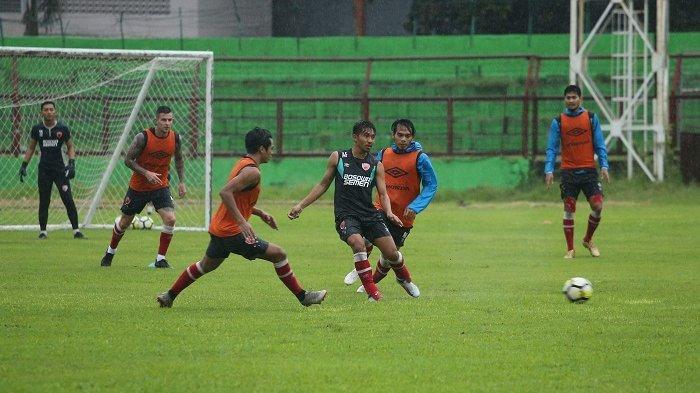 Latihan PSM, 4 Asisten Pelatih Terapkan Gaya Robert Rene Alberts