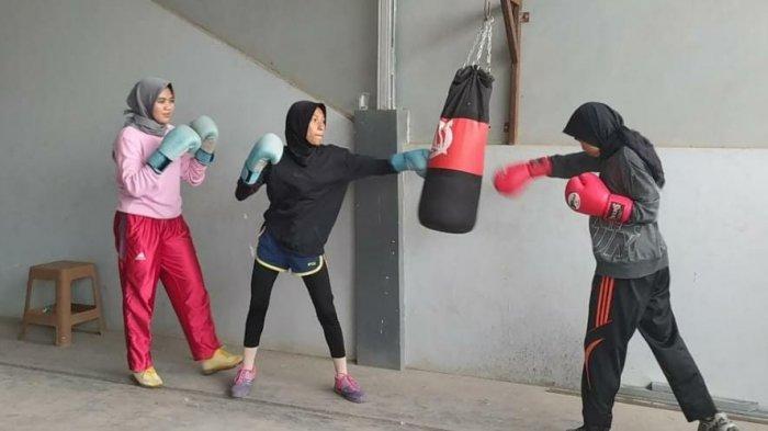 Suka Olahraga Tinju, Lima Perempuan Asal Pinrang Gabung di Pertina