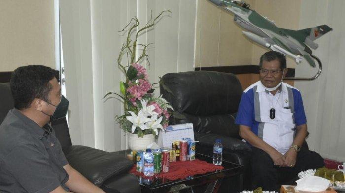 Rektor UNM Bakal Bebaskan SPP Mahasiswa UNM Peraih Medali PON Papua