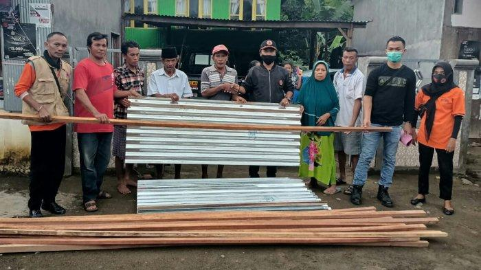 BPBD Takalar Salurkan Bantuan ke Korban Angin Puting Beliung di Mangarabombang