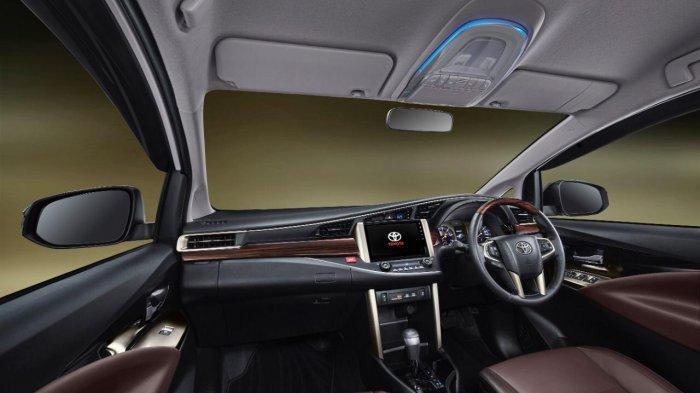 Bagian interior depan innova Limited Edition
