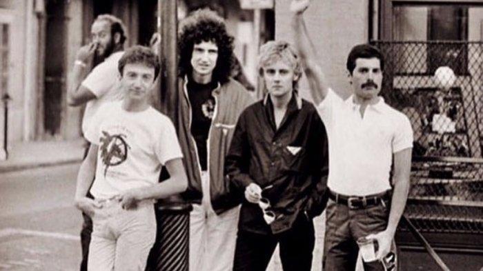 Profil Band Queen Yang Trending Peringati Ulang Tahun Freddie Mercury Tribun Timur