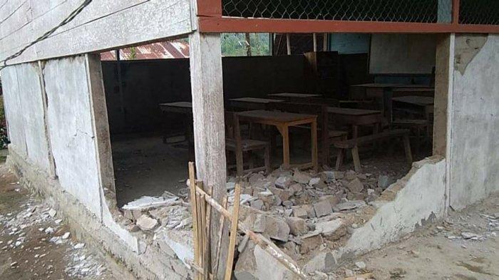 Dampak Gempa di Majene, Bangunan SD 008 Pangandaran Mamasa Nyaris Ambruk