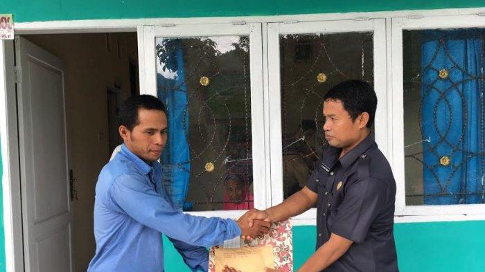 Baznas Enrekang Bantu Operasi Warga Penderita Kanker Anus di Bungin