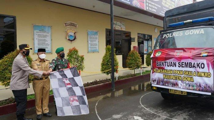 Pemkab, Polres dan Kodim Gowa Salurkan 100 Paket Sembako ke Warga Kurang Mampu