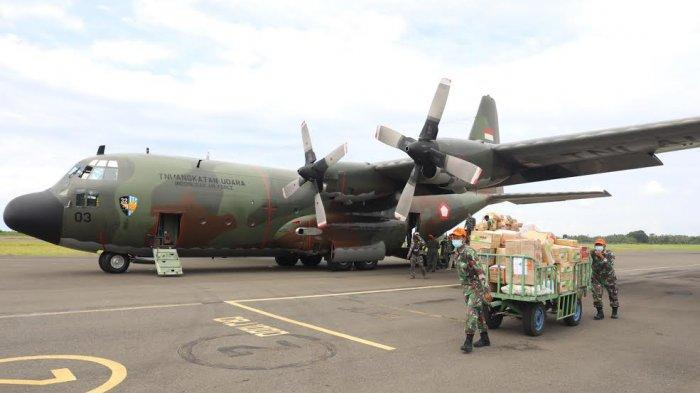 FOTO: Bantuan Sembako dari Jakarta dan Malang Tiba di Bandara Tampa Padang Mamuju