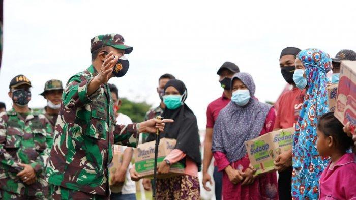 Melalui Pangdam XIV/Hasanuddin Jenderal TNI Andika Perkasa Salurkan Bantuan Gempa Sulbar