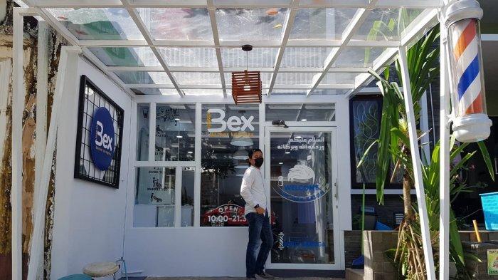 Barber Komplex, Jasa Potong Rambut Hadir di Kawasan Perumahan Bukit Baruga