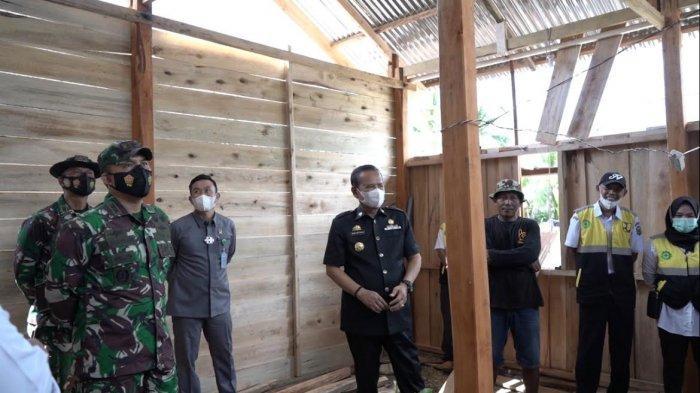 Karya Bakti TNI, 5 Rumah Warga Desa Tallang Bulawang Luwu Direhab