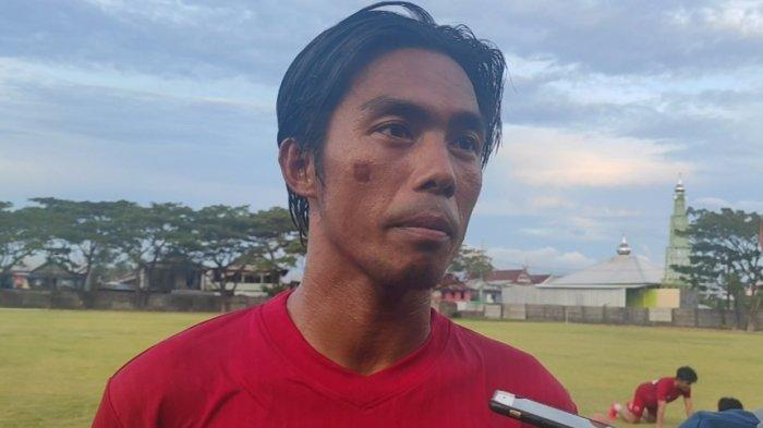Tanggapan Erwin Gutawa Soal PSM Bakal Rekrut Bek Tengah