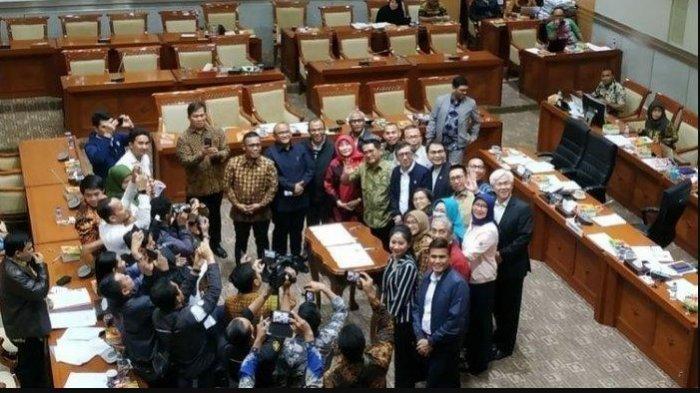 Belum Reda Protes Revisi UU KPK, DPR-Pemerintah Sepakati Mudahkan Pembebasan Bersyarat Koruptor