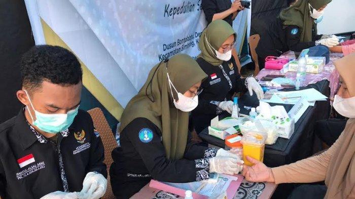 BEM Poltekkes Kemenkes Makassar Gelar Pemeriksaan Kesehatan Gratis di Desa Jenetaesa