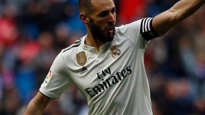 Karim Benzema 2 Gol, Real Madrid Kalahkan Eibar 4-0 di Liga Spanyol