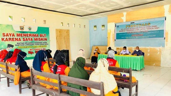 BLK Pangkep Buka Pelatihan Menjahit Pakaian dengan Mesin di Polman