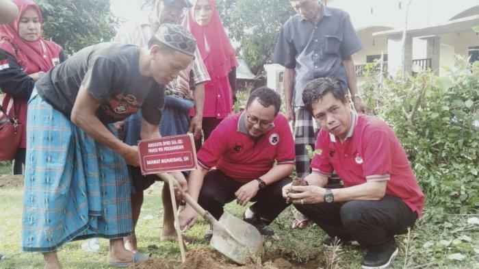 Banteng Muda Indonesia Pangkep Tanam 1.500 Pohon di Kawasan ini