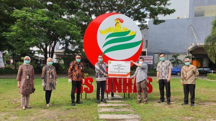 BNI Wilayah Makassar Serahkan Bantuan APD ke RSP Unhas
