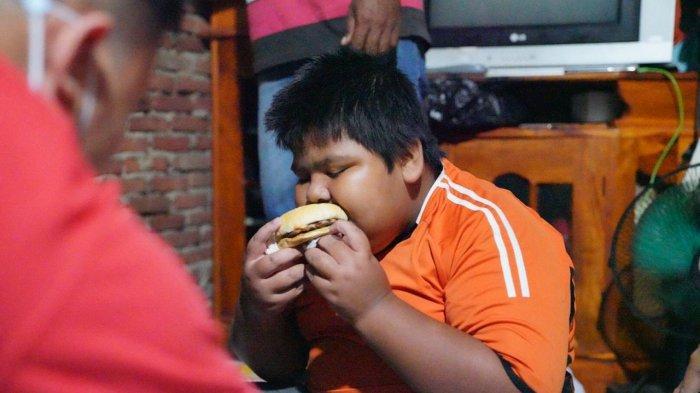 Wagub Sulsel Perintahkan Tim Bawa Burger Buat Rizal Korban Bully di Pangkep