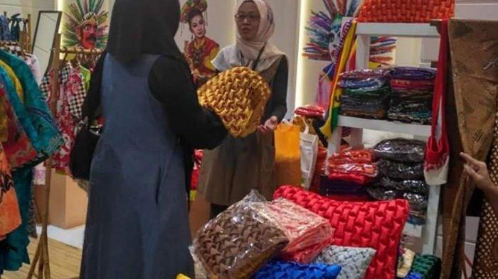 Naning Herdining, Mitra Binaan Pertamina Raih Omzet Rp 15 Jutaan Per Bulan