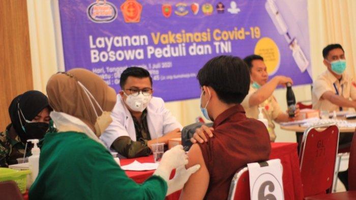 Warga Makassar Antusias Ikut Vaksin Gratis Bosowa Peduli, Target 500 yang Datang hingga 1.000 orang