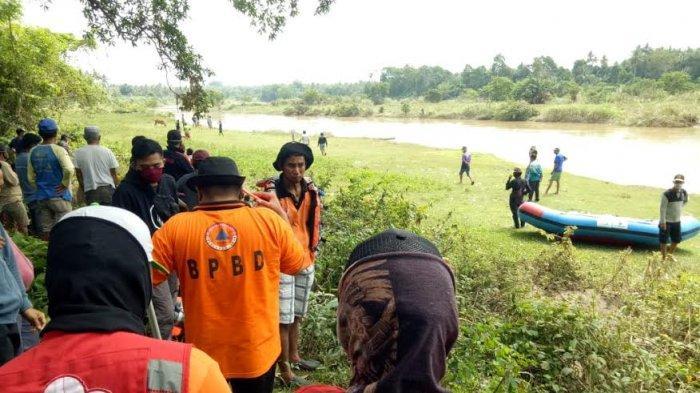 Kakek di Sidrap Dikabarkan Hanyut di Sungai Bila, BPBD dan PMI Turun Lakukan Pencarian