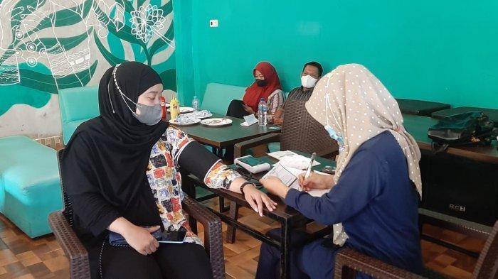 Kerjasama Dinas Kesehatan dan The Drip Cafe, HIPMI Soppeng Gelar Vaksin Gratis