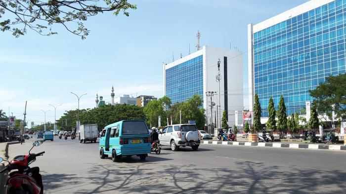 Pukul 10 14wita Jl Urip Sumoharjo Makassar Lancar Tribun Timur