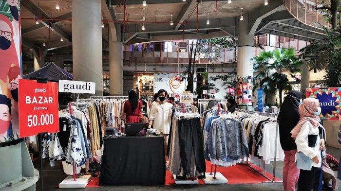 Brand Fashion ternama, Gaudi dan Hava menggelar pameran akhir tahun di atrium Nipah Mal jalan Urip Sumoharjo Makassar, Senin (28122020). Pameran yang berlangsung hingga 31 Desember mendatang ini memberikan promo harga mulai 50 ribu rupiah serta diskon hingga 70 Persen. tribun timurmuhammad abdiwan