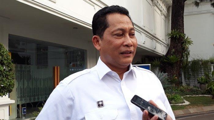 Dirut Bulog: Pak Presiden Bilang Cintai Produk Dalam Negeri, Kok Mau Impor Beras?