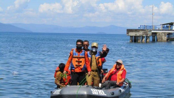 Hari Ketiga, Bupati Luwu Timur Ikut Cari Bapak dan Anak yang Hilang di Danau Towuti