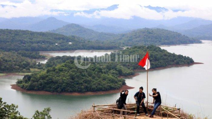 Foto-foto & Video Eksotisme Bukit Bollangi Gowa Mirip Raja Ampat Cocok Destinasi Akhir Pekan