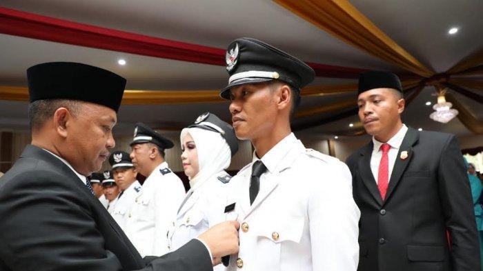 Bupati Bantaeng Ilham Azikin Lantik 12 Kades Hasil e-Voting, Ini Pesannya