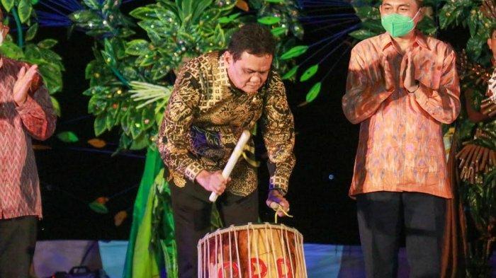 Bupati Barru Buka Festival Budaya To Berru di Pulau Dutungan