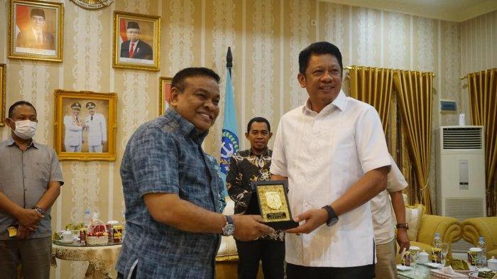 Wali Kota Bontang Siap Bantu Pembangunan Bola Soba Bone