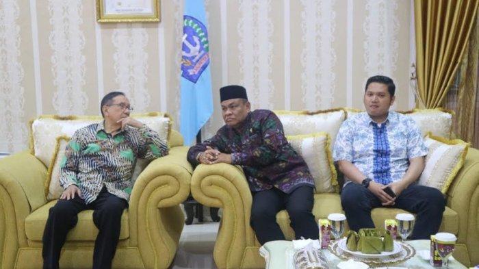 Hadir di Bone, Bupati Jamu Makan Malam Mantan Ketua PB HMI Akbar Tanjung