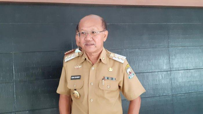 Iksan Iskandar Minta Segera Cairkan Honor Vaksinator di Jeneponto
