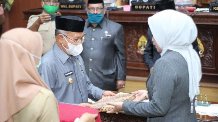 Di Depan Anggota DPRD Jeneponto, Bupati Iksan Iskandar Sampaikan LKPJ Tahun 2020