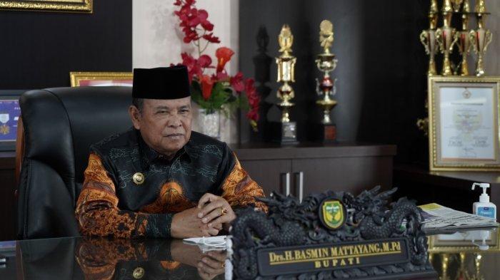 Bupati Luwu Selamati Indah Putri Indriani dan Budiman Hakim